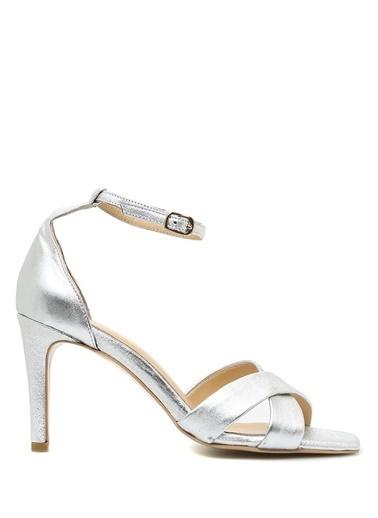 Belle Epoque İnce Topuklu Sandalet Gümüş